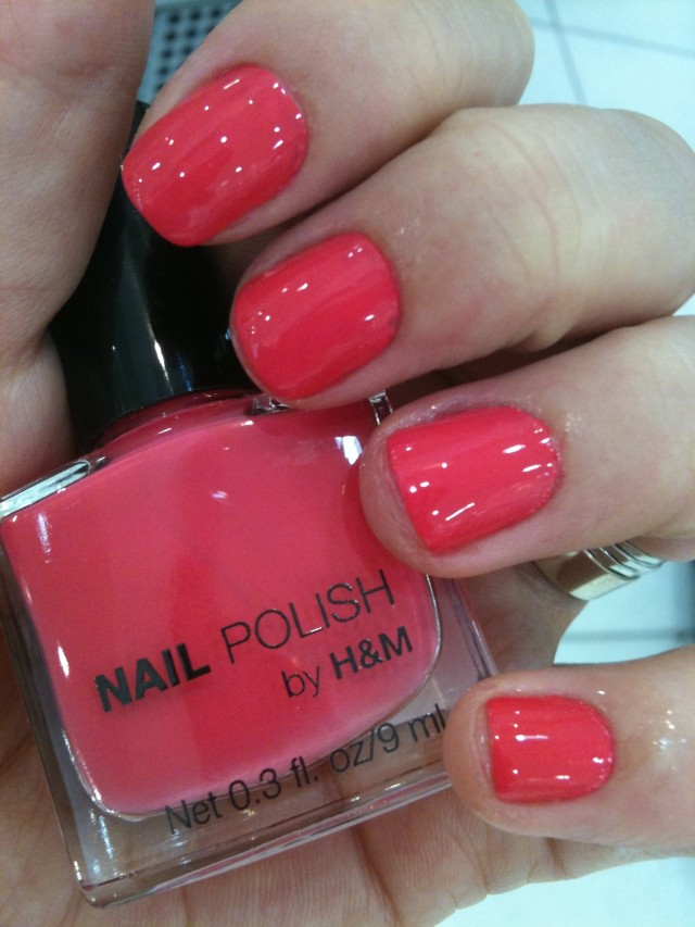unha da semana nail polish